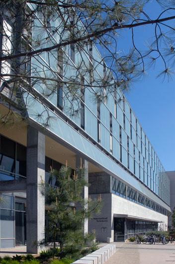 StudioConover - Architectural Design   02 UCSD Skaggs Pharmacy